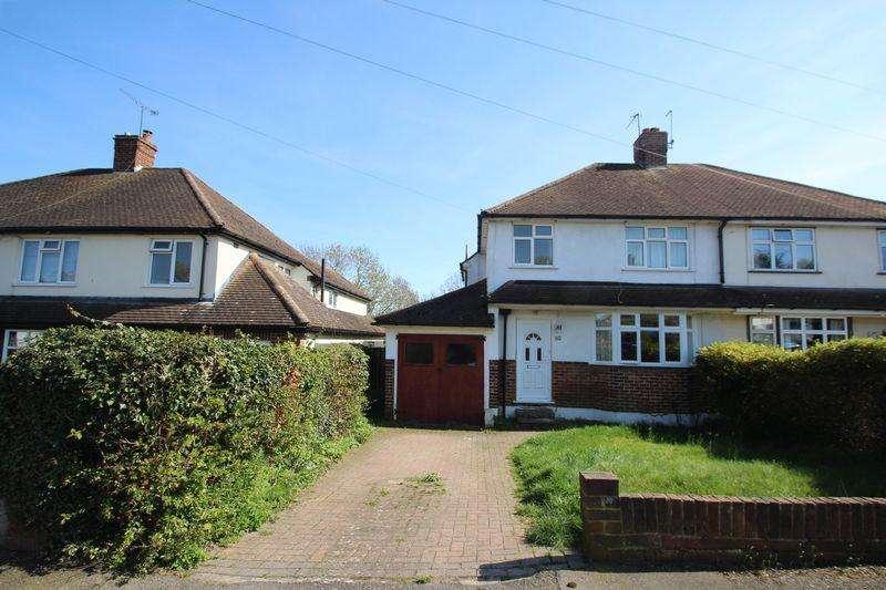 3 Bedrooms Semi Detached House for sale in Kings Road, Tonbridge
