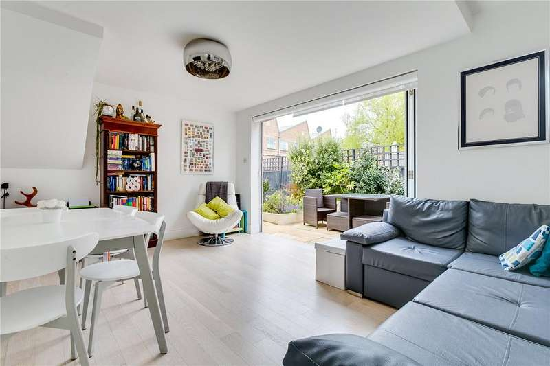 2 Bedrooms Flat for sale in Thorney Hedge Road, Chiswick, London