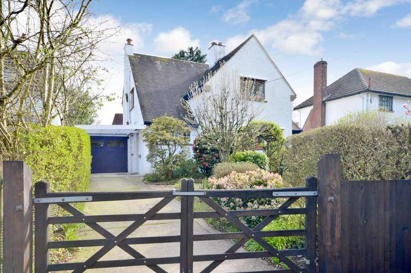 3 Bedrooms Detached House for sale in Brook Avenue, New Milton