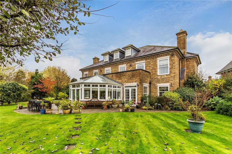 6 Bedrooms Detached House for sale in Hine Close, Coulsdon, CR5