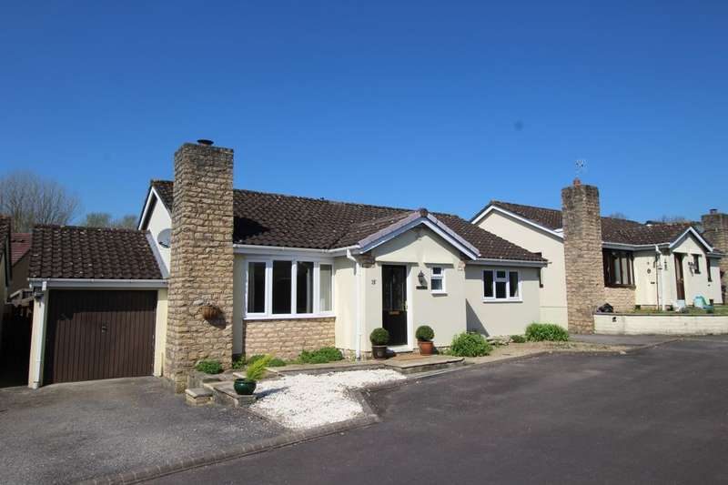 3 Bedrooms Detached Bungalow for sale in Keevil Avenue, Calne, SN11