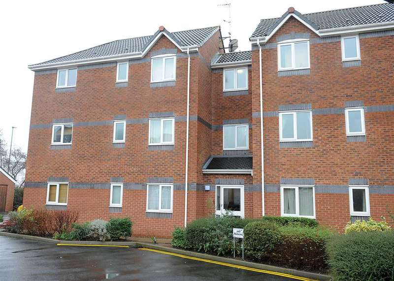 2 Bedrooms Apartment Flat for sale in 11 Quay House, Irlam M44 6RU