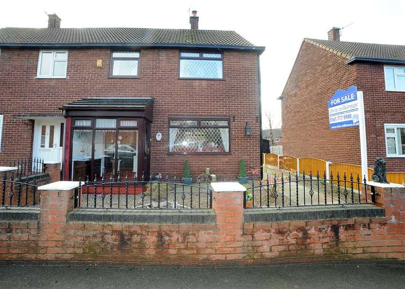 3 Bedrooms Semi Detached House for sale in 203 Fir Street, Cadishead M44 5HR