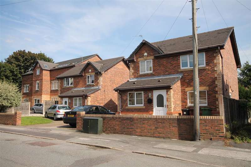 3 Bedrooms Detached House for sale in Leigh Road, Westhoughton