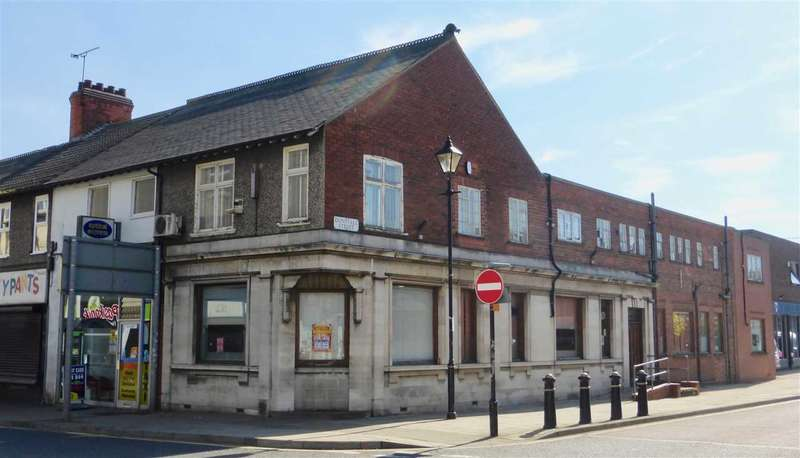 Commercial Property for sale in High Street/corner of Dunstall Street, Scunthorpe