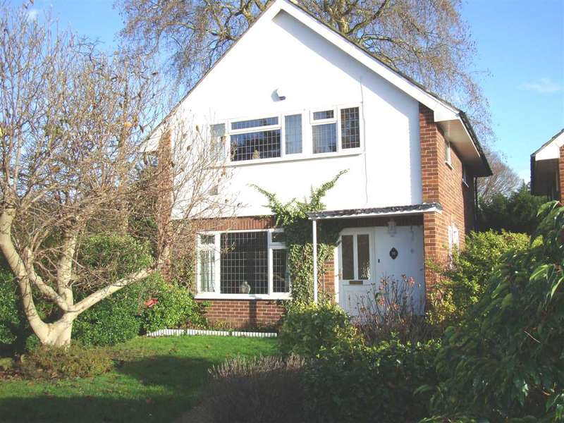 3 Bedrooms Detached House for sale in Naseby Close, Isleworth