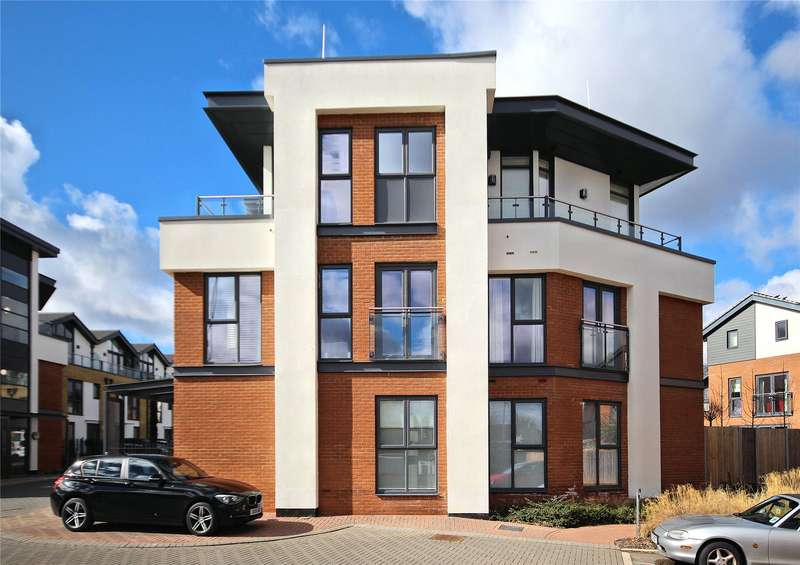 1 Bedroom Apartment Flat for sale in Hornbeam House, Acer Grove, Woking, Surrey, GU22