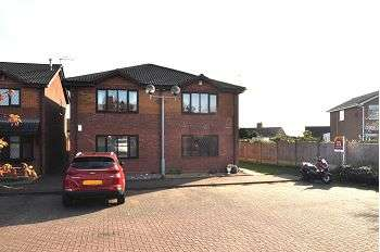 1 Bedroom Flat for sale in Vienna Way, Meir Hay , Stoke-on-Trent, ST3 5YB
