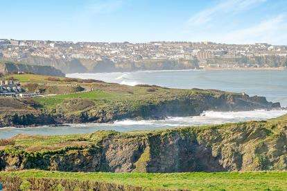 2 Bedrooms Flat for sale in Watergate Road, Newquay, Cornwall