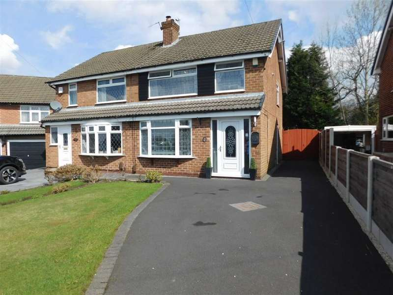 3 Bedrooms Semi Detached House for sale in Davenport Drive, Woodley, Stockport