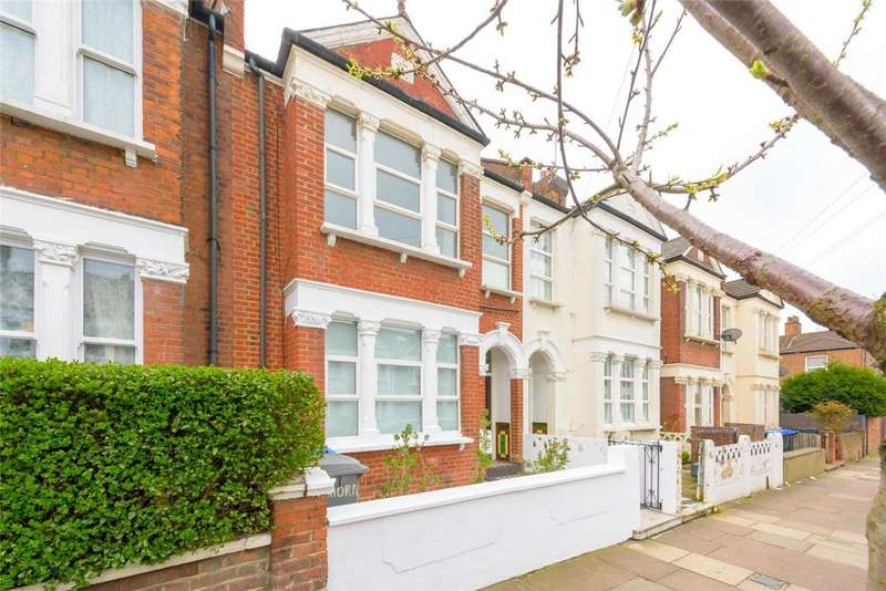 2 Bedrooms Flat for sale in Leghorn Road, London, NW10