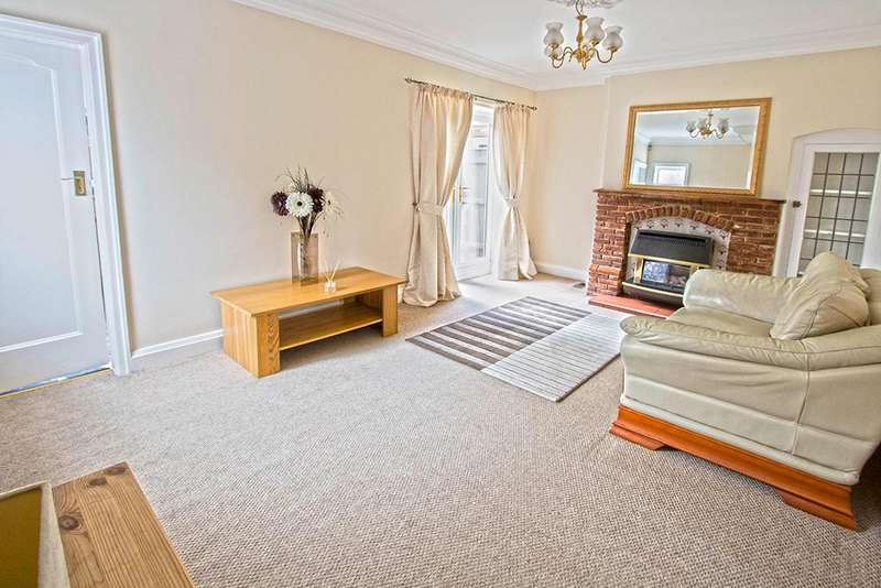 3 Bedrooms Semi Detached House for sale in Ullswater Avenue, Acklam TS5