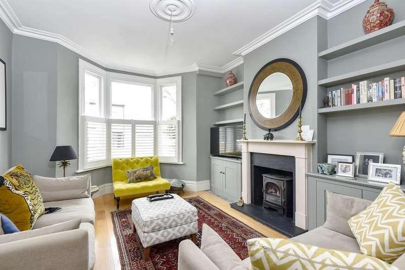 4 Bedrooms Semi Detached House for sale in Birkbeck Road, Beckenham