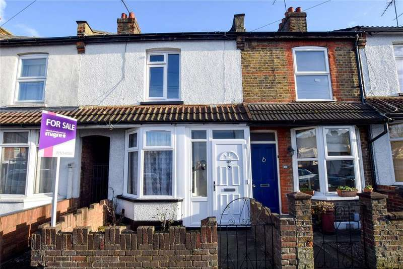 2 Bedrooms Terraced House for sale in Bradshaw Road, Watford, Hertfordshire, WD24