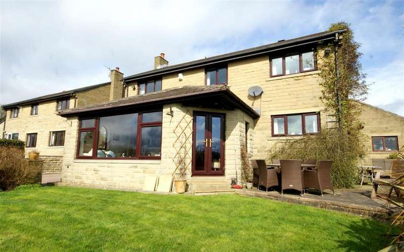 4 Bedrooms Detached House for sale in Briarstones, 2 St Peters Square, Off School Lane, Halifax