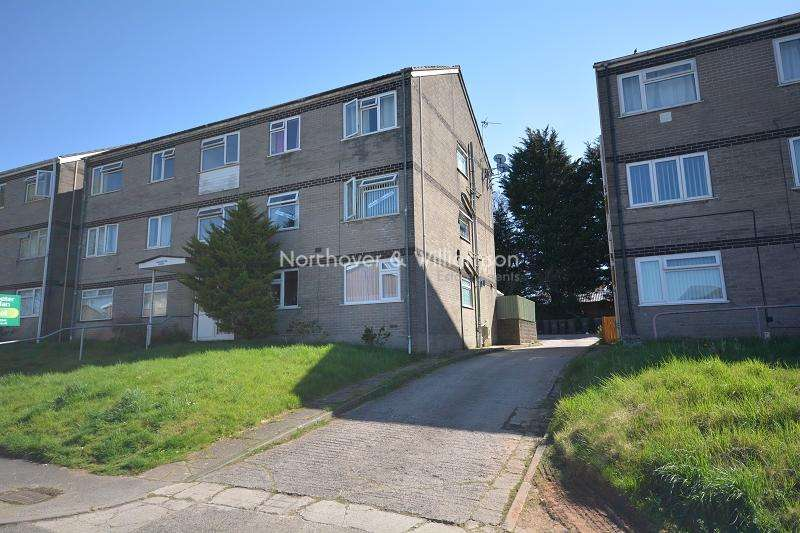 2 Bedrooms Ground Flat for sale in Cranleigh Rise, Rumney, Cardiff. CF3