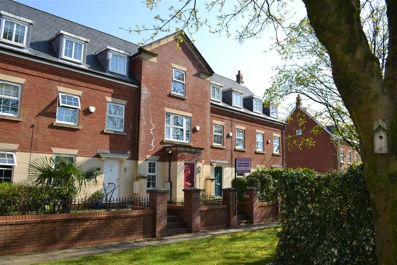 4 Bedrooms Town House for sale in Leigh Road, Kings Park, Leigh