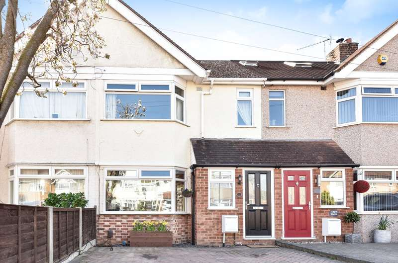 3 Bedrooms Terraced House for sale in Ellington Road, Feltham, TW13