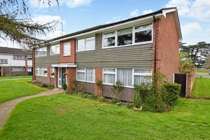 1 Bedroom Flat for sale in Devonshire Green, Farnham Royal, Slough, SL2