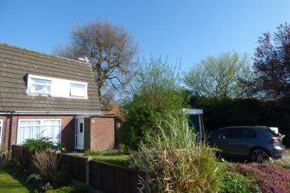 3 Bedrooms Semi Detached House for sale in Sheerwater Close, Padgate, Warrington, Cheshire