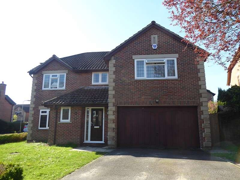 5 Bedrooms Detached House for sale in Holly Gardens, West End, Southampton, SO30