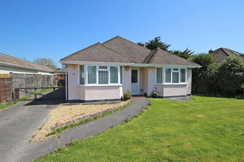 2 Bedrooms Detached Bungalow for sale in Hale Avenue, New Milton