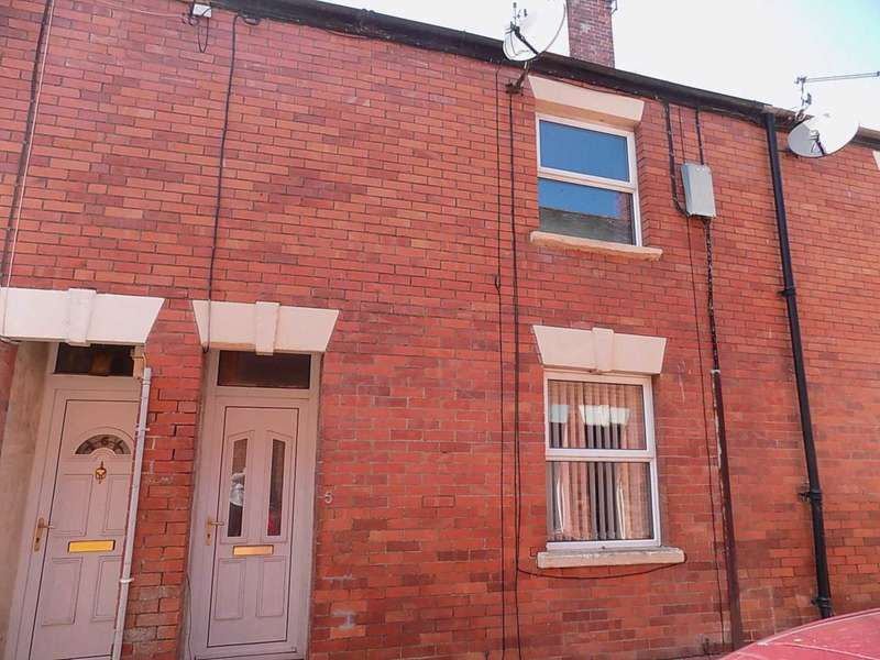 2 Bedrooms Terraced House for sale in 5 Holly Terrace, Chard, TA20 1PY