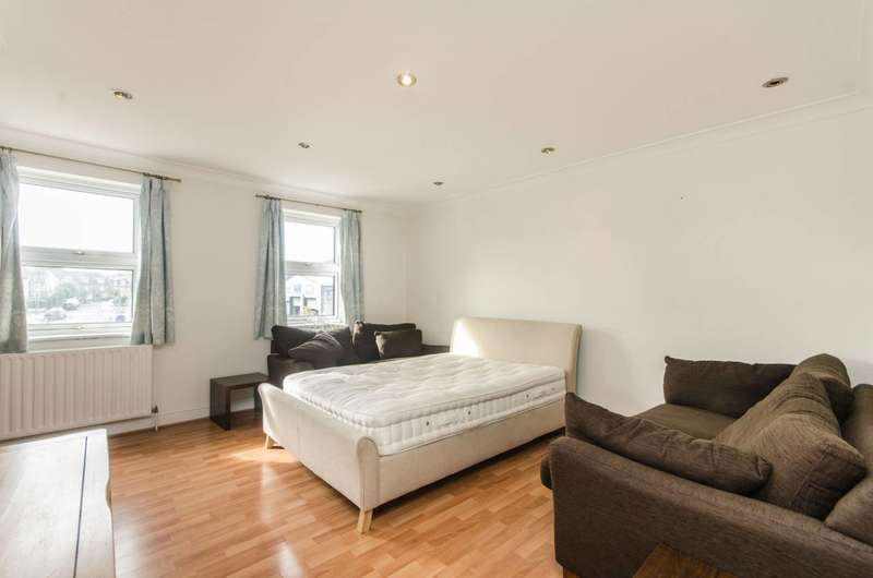 3 Bedrooms Maisonette Flat for sale in Kingston Road, South Wimbledon, SW19