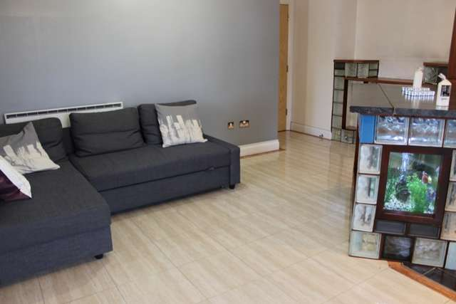 2 Bedrooms Apartment Flat for sale in Imperial Court, Wembley Park