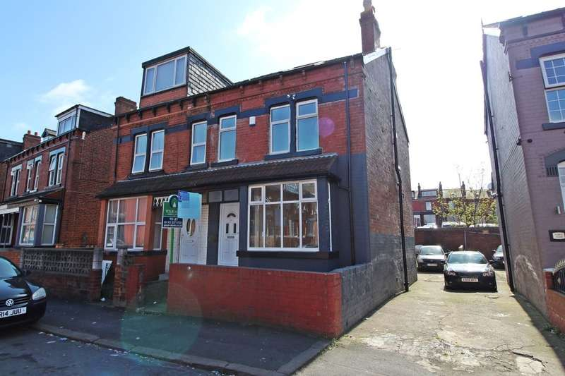 4 Bedrooms Property for sale in Markham Avenue, Leeds, LS8