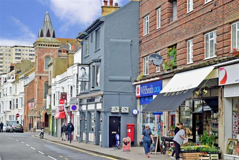 1 Bedroom Flat for sale in Eastern Road, , Kemp Town Village, Brighton, East Sussex