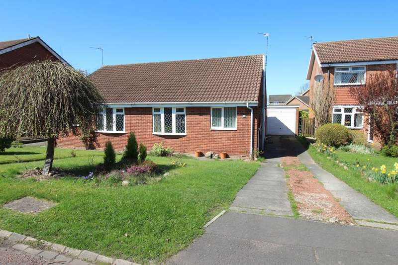 2 Bedrooms Semi Detached Bungalow for rent in Butterfield Close, Crawcrook, Ryton, NE40