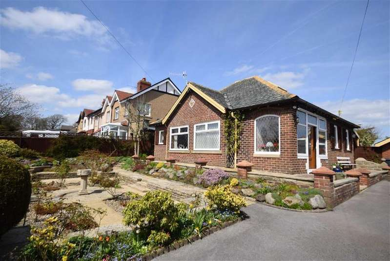 3 Bedrooms Detached Bungalow for sale in Bent Lane, Colne, Lancashire