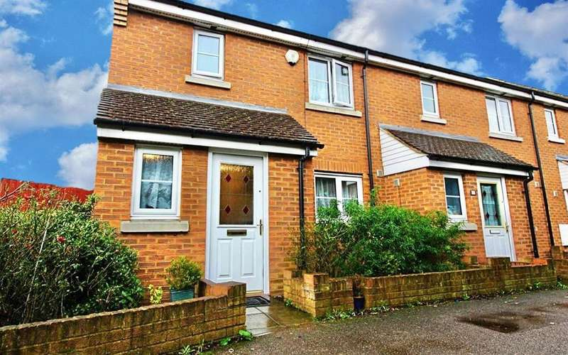 3 Bedrooms End Of Terrace House for sale in Columbia Road, Broxbourne
