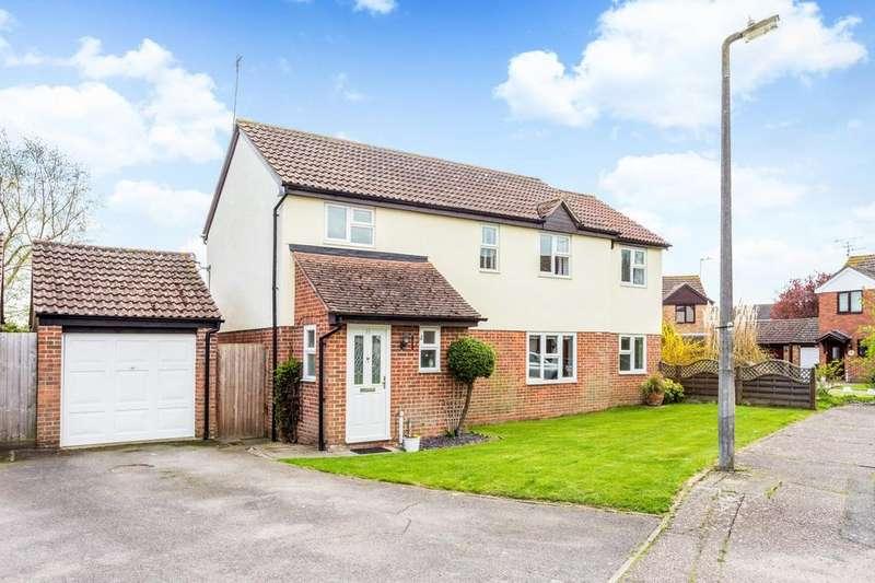 5 Bedrooms Detached House for sale in Kittiwake Drive, Heybridge, Maldon, Essex, CM9