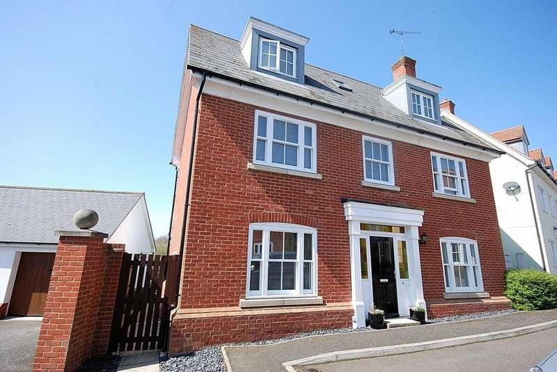 5 Bedrooms Detached House for sale in St. Peters Walk, Great Totham, Maldon, Essex, CM9
