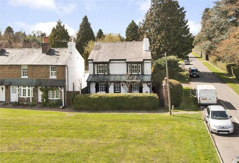 3 Bedrooms Unique Property for sale in The Green, Croxley Green, Rickmansworth, Hertfordshire, WD3