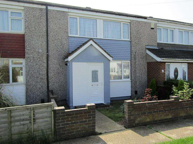 3 Bedrooms Terraced House for sale in First Avenue, Canvey Island, Essex. SS8 9LS