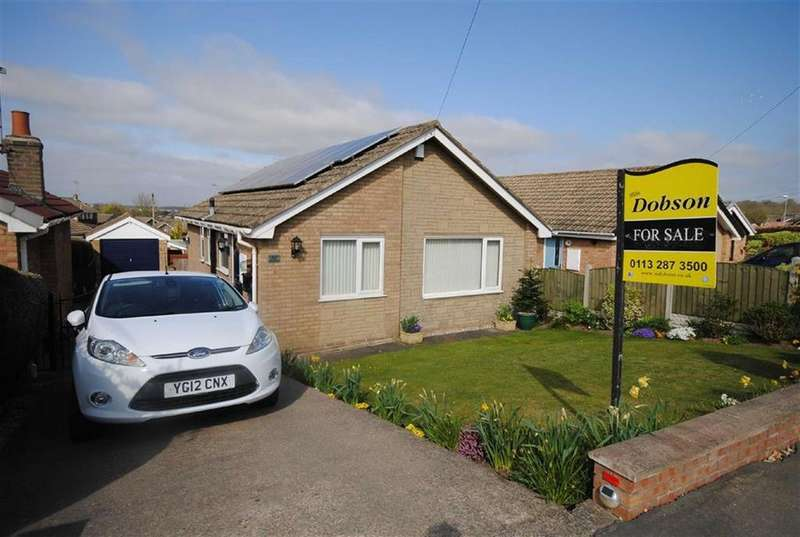 2 Bedrooms Detached Bungalow for sale in Gibson Lane, Kippax, Leeds, LS25