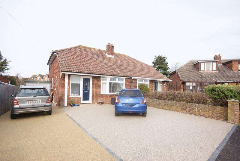 2 Bedrooms Semi Detached Bungalow for sale in Wootton Road, Lee on the Solent, PO13