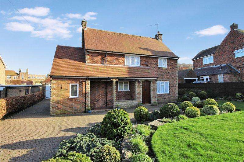 3 Bedrooms Detached House for sale in Stepney Road, Scarborough