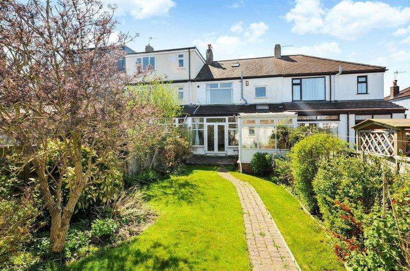 3 Bedrooms Terraced House for sale in Eastfield Road, Westbury-on-Trym