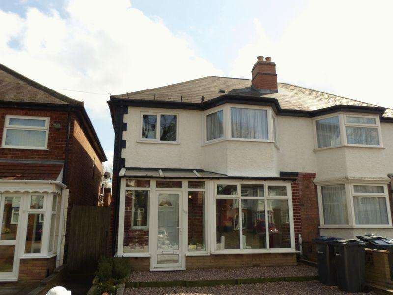 3 Bedrooms Semi Detached House for sale in Bleak Hill Road, Birmingham