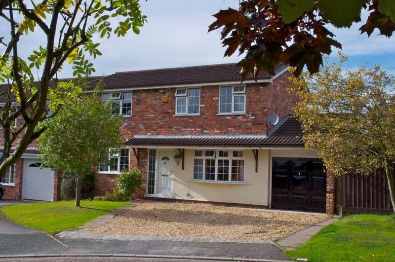 3 Bedrooms Detached House for sale in Kingfisher Grove, Wincham, Northwich, CW9