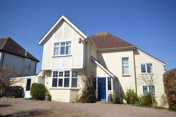4 Bedrooms Detached House for sale in Harcombe Lane East, Sidford, Sidmouth, Devon