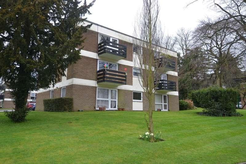 2 Bedrooms Flat for sale in Wake Green Park, Moseley, Birmingham, B13