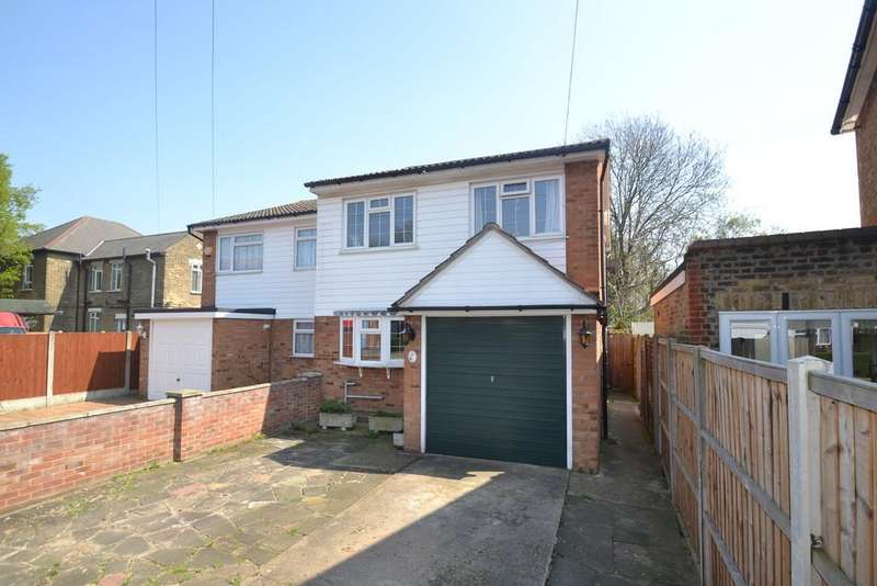 4 Bedrooms Semi Detached House for sale in Palm Road, Romford