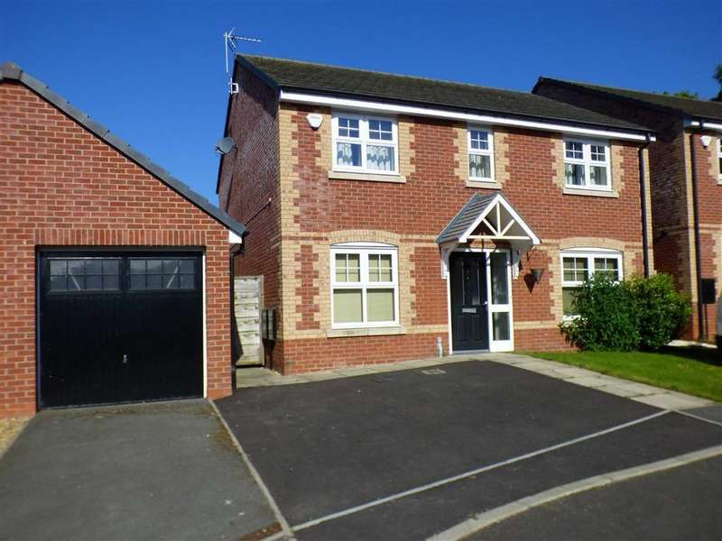 4 Bedrooms Detached House for sale in Lawnhurst Close, Farriers Green, Sandbach