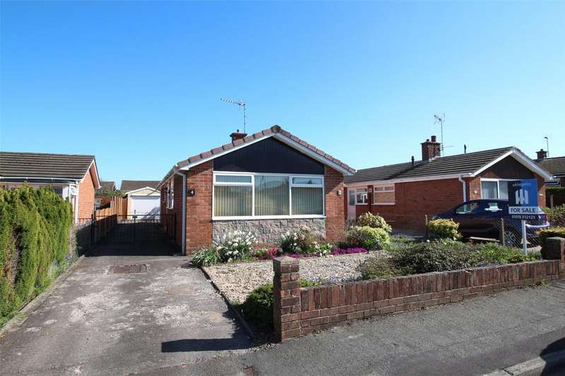 3 Bedrooms Detached Bungalow for sale in Brecon Close, Borras, Wrexham, LL12