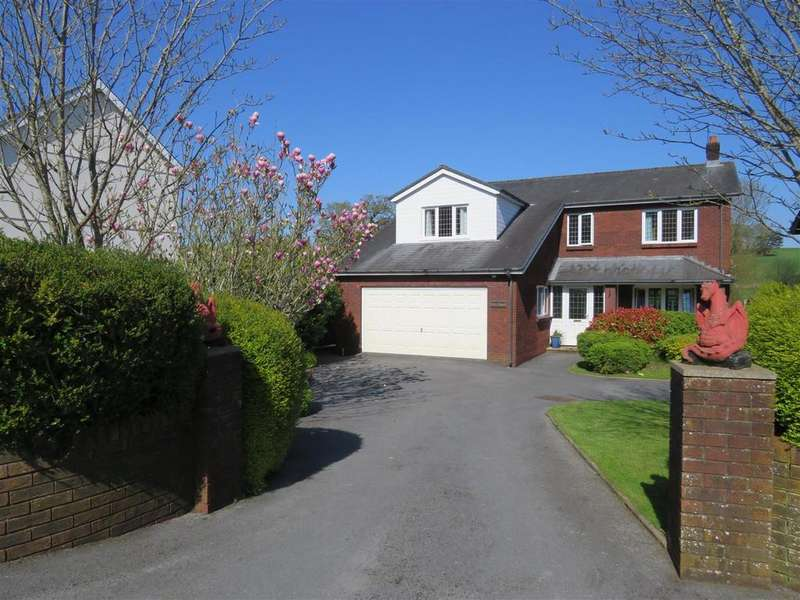 4 Bedrooms Detached House for sale in Trosserch Road, Llangennech, Llanelli